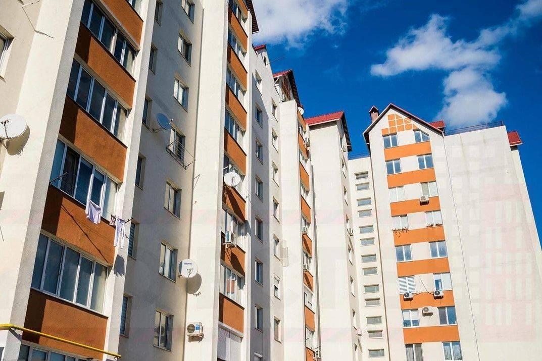 Apartament cu 3 odai in bloc nou Inculeț cu euroreparatie