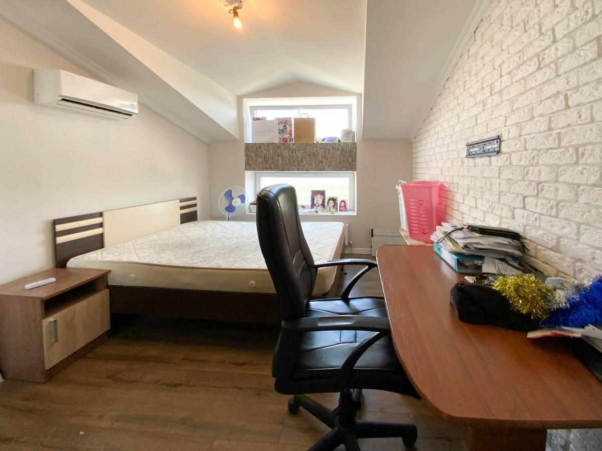 2 camere, bloc nou de cotilet, Malina Mica, este si garaj vinzare in aceiasi casa