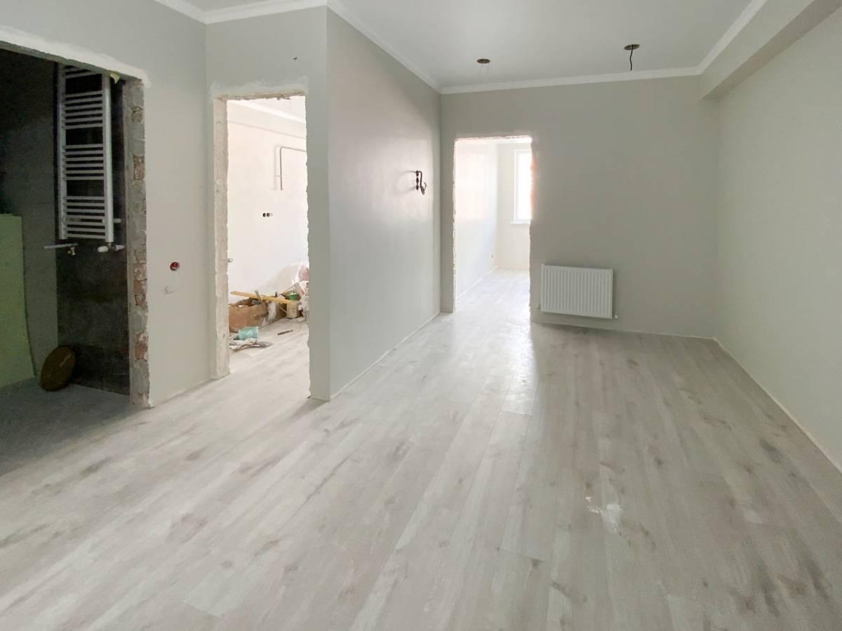 Apartament 2 camere + living, Reparatia proaspata
