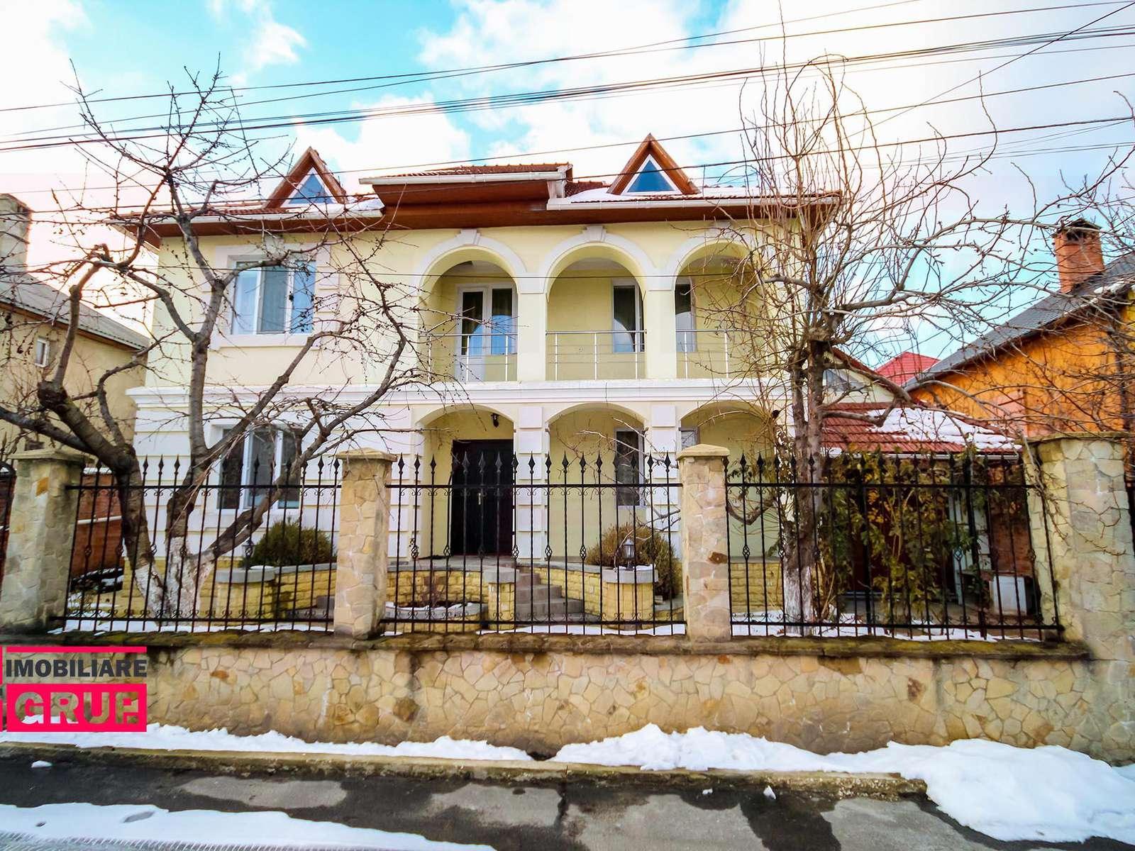 Casă de lux în 2 nivele, mobilată și utilată, strada Livădarilor!