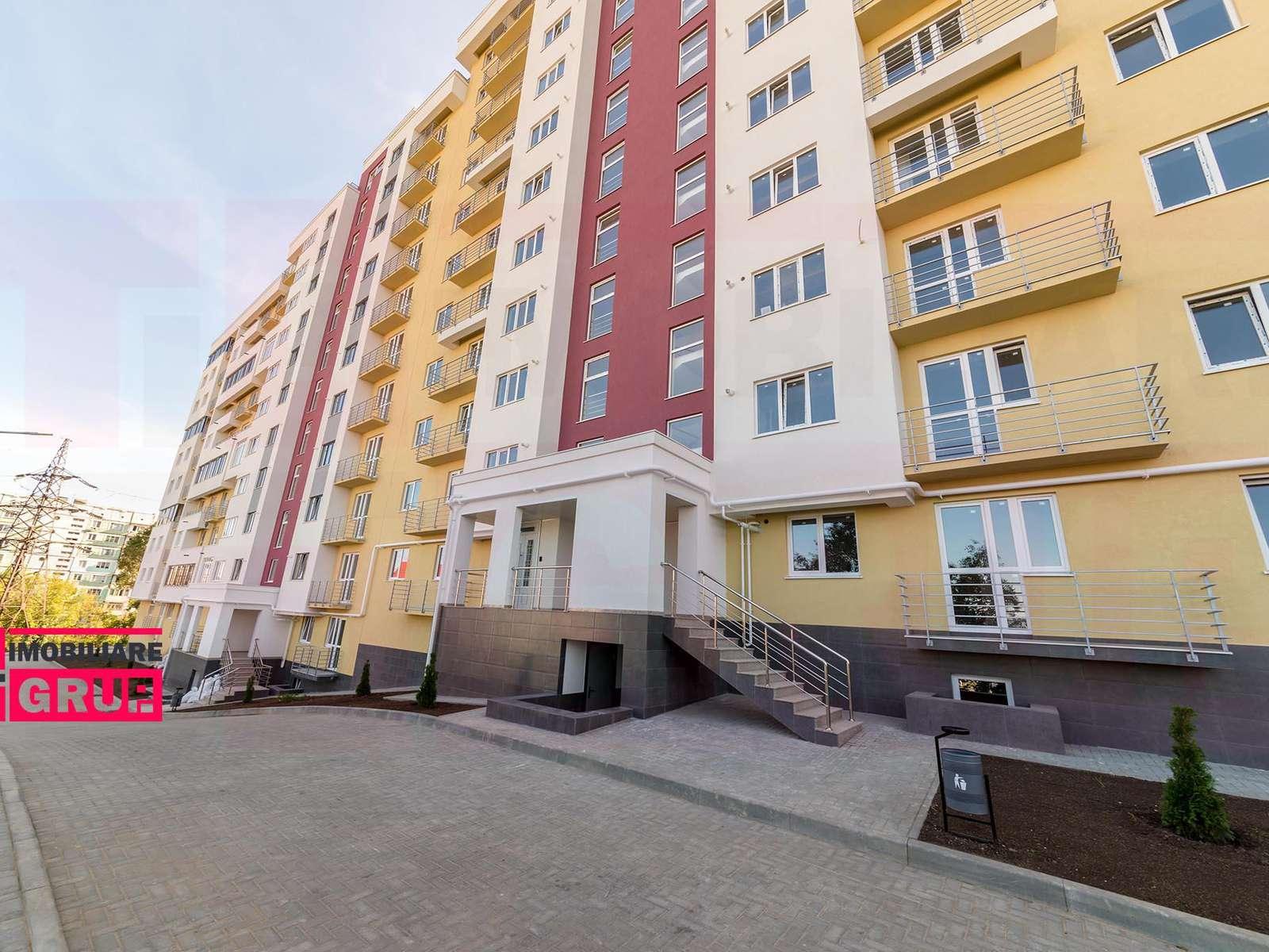 Apartament cu 3 camere la preț redus!!