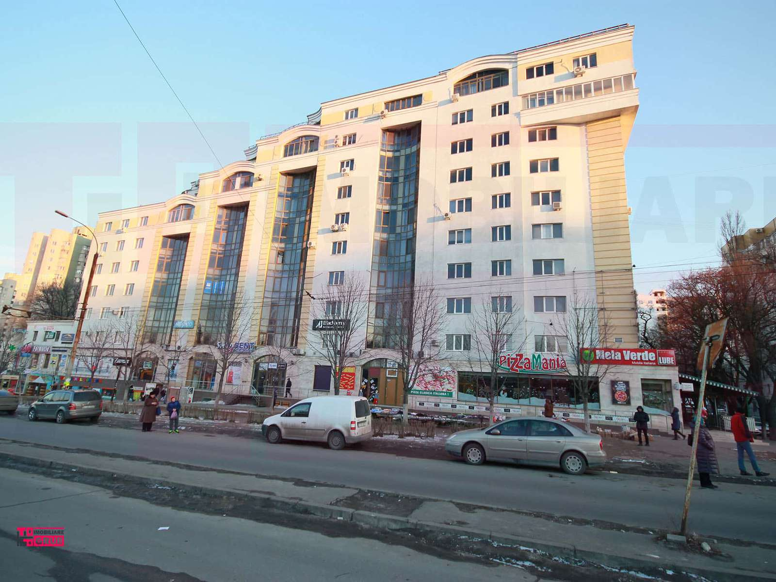 Apartament cu 3 camere în Centrul oraşului