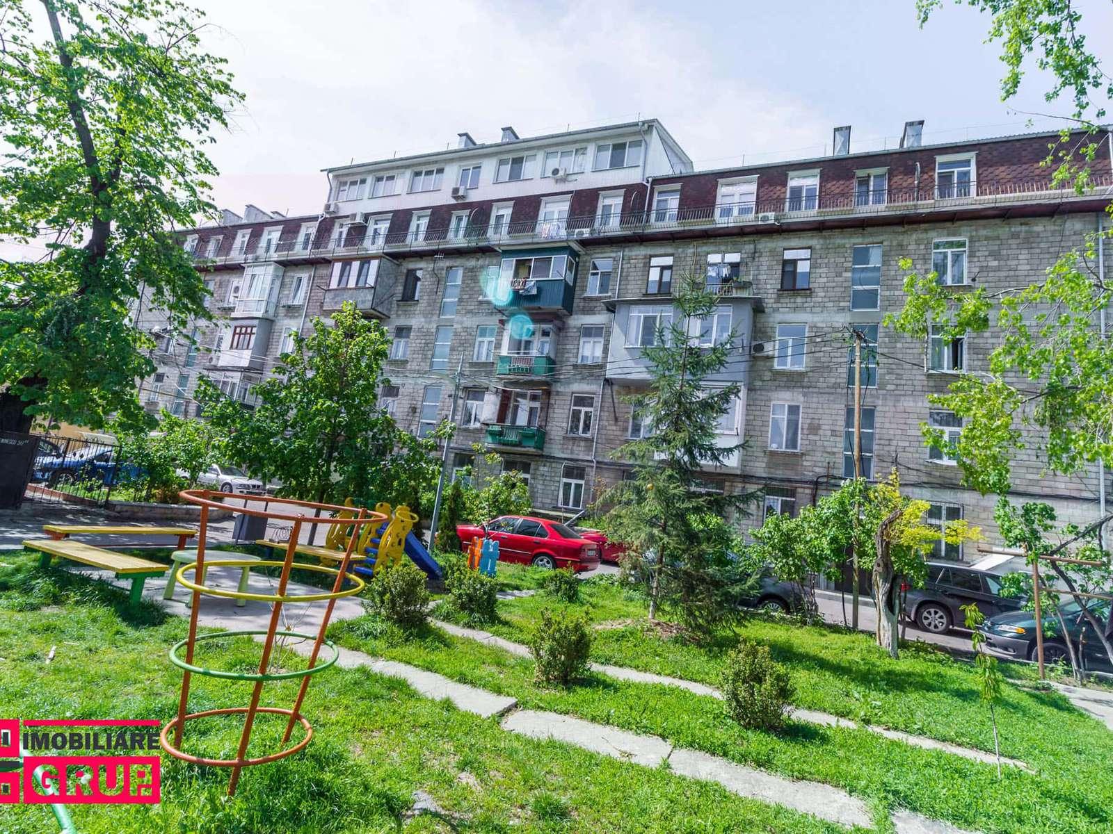 Apartament cu 1 odaie în s. Centru, str. M.Eminescu