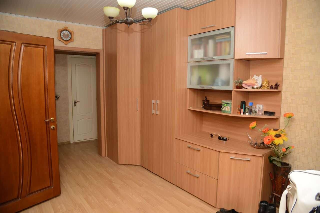 Apartament cu 3 odăi în s. Buiucani
