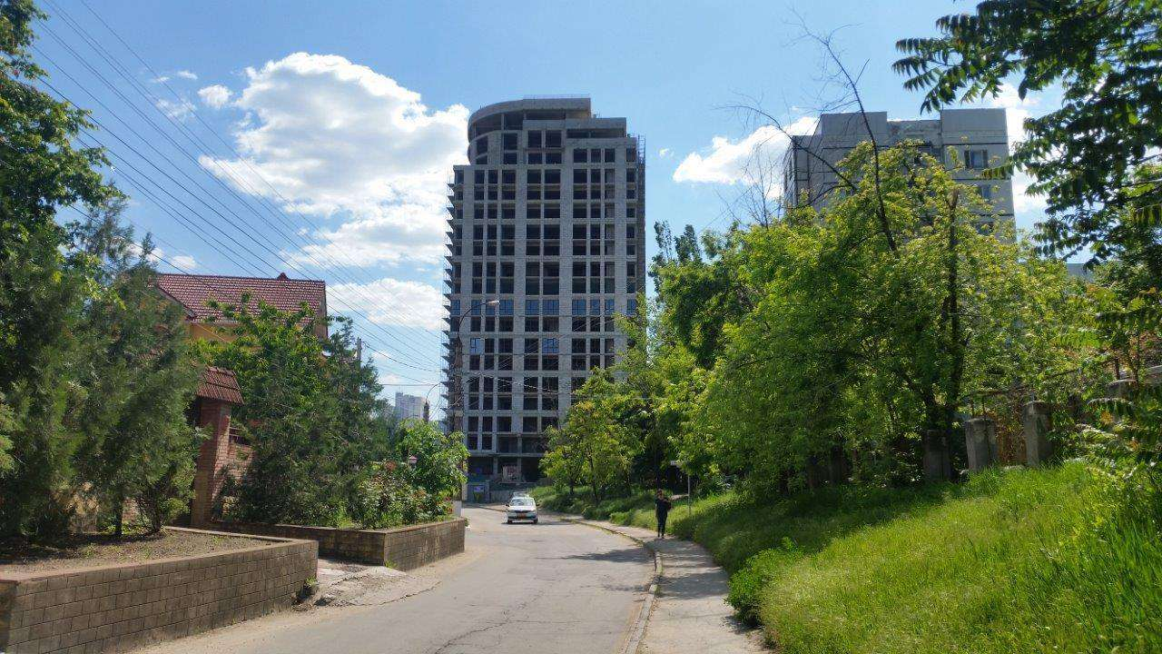 Apartament spațios cu 3 odăi, în bloc nou, sectorul Centru