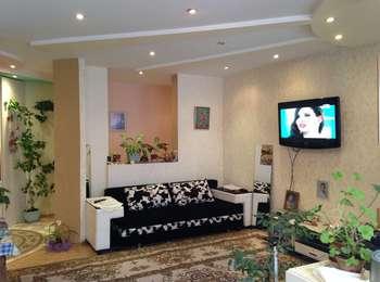Apartament cu 3 odăi mobilat și utilat!